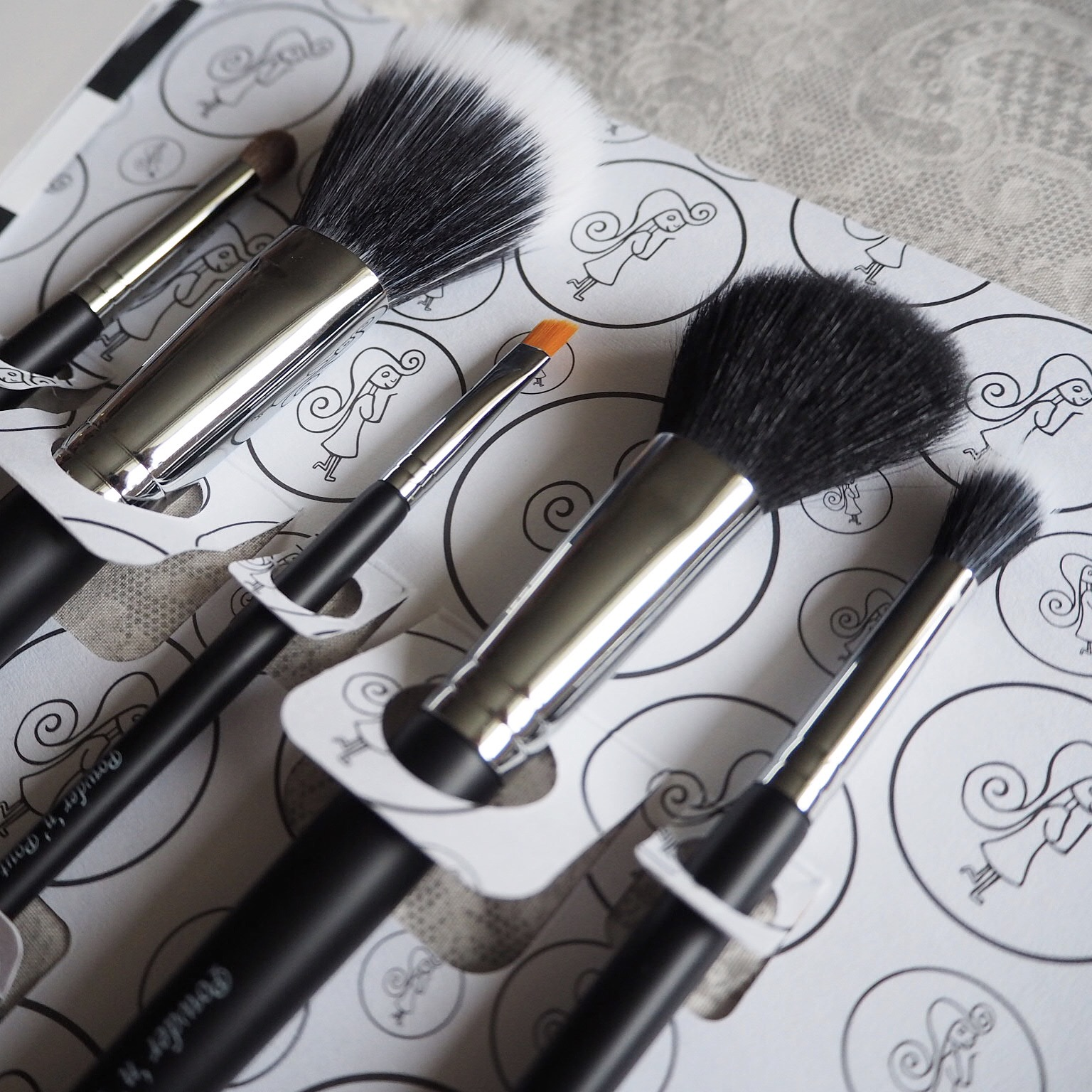 Flawless 5 Review Make Up Brushes