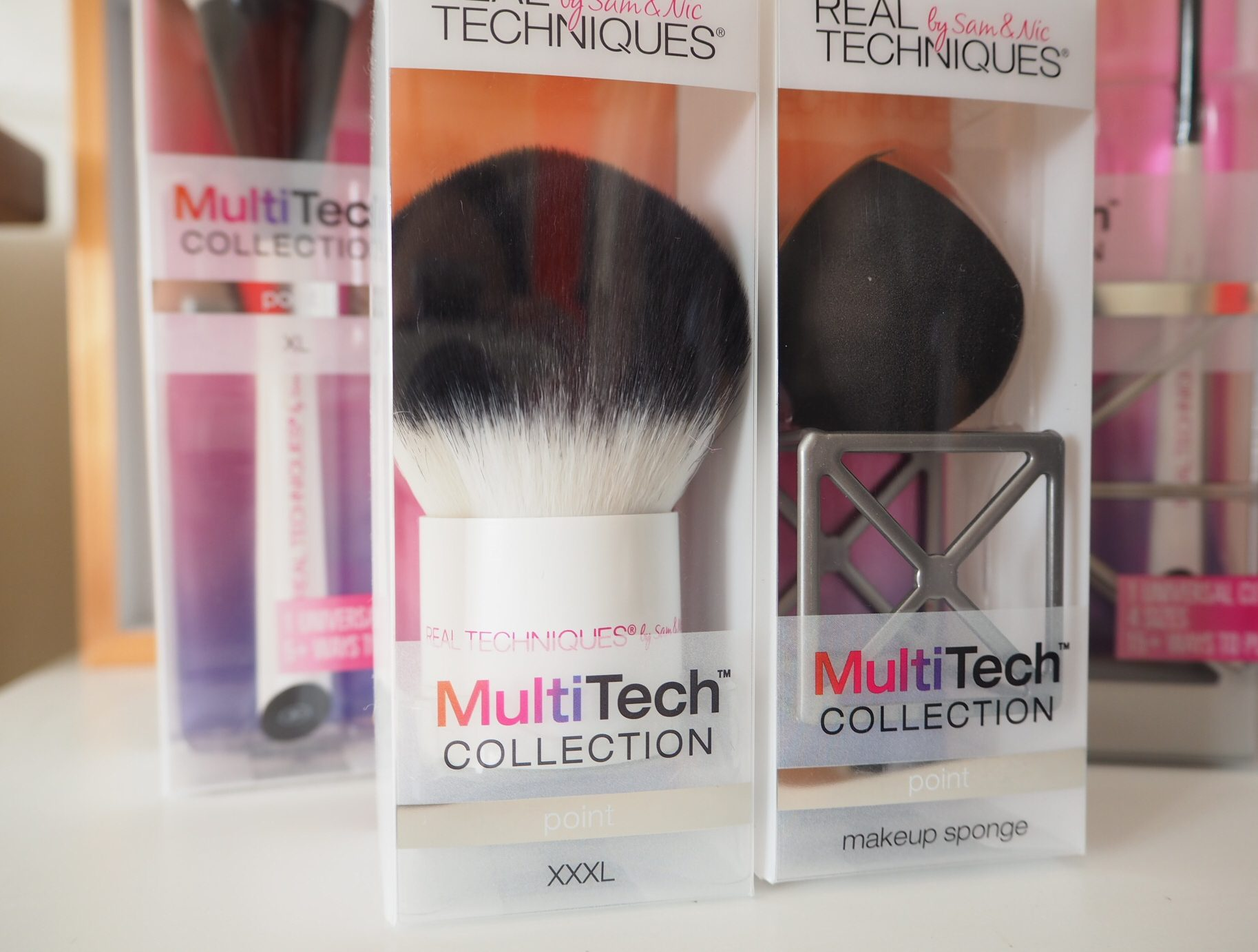 MultiTech Real Techniques Brush and Sponge